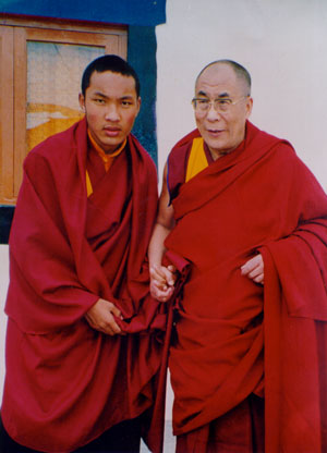Далай-лама и 17-й Кармапа Ургьен Тинлей Дорже